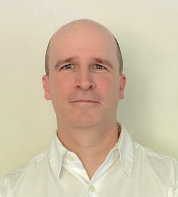 MARK JOHNS CTO YARDBARKER   Mark has overseen technology and engineering at Yardbarker since its inception. Mark possesses a valuable combination of technical expertise and product skills. Mark holds a BA from Princeton University.