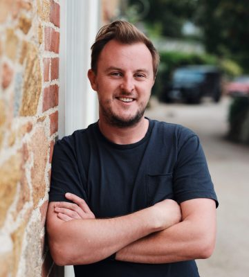 ROBBIE MORRIS CEO TWO-UP   Robbie has a demonstrated history in the betting and gaming industry. Skilled in digital strategy, commercial management, product ownership, marketing strategy, Search Engine Optimization (SEO), E-commerce, wordPress, and editing. Strong leader with a BA focused in Journalism from the University of Gloucestershire.